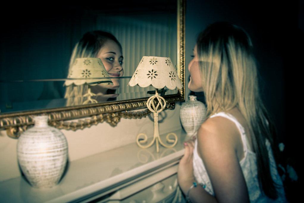 Mirror Dark
